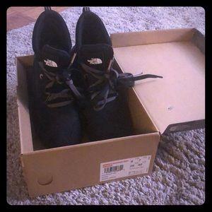 North Face Women's Raedonda Boot Sneaker